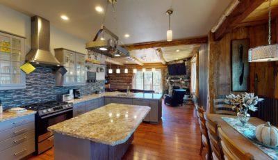 573 Villa Grove Avenue, Big Bear CA 92314 3D Model